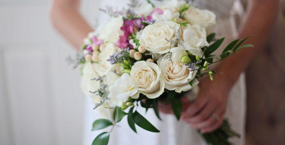 bukiet ślubny jako modny dodatek